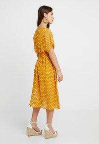 Glamorous Petite - Vestito estivo - yellow - 3