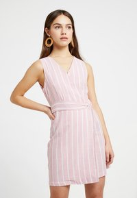 Glamorous Petite - Day dress - wide pink/white - 0