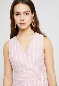 Glamorous Petite - Day dress - wide pink/white - 4