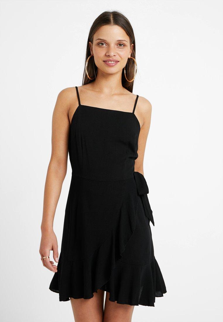 Glamorous Petite - Freizeitkleid - black