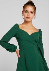 Glamorous Petite - Freizeitkleid - dark green - 4