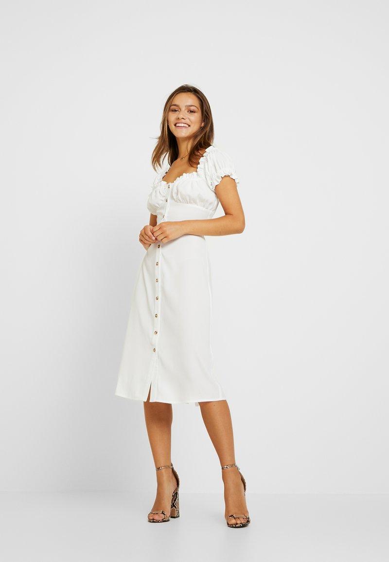 Glamorous Petite - MILKMAID DRESS - Vapaa-ajan mekko - white