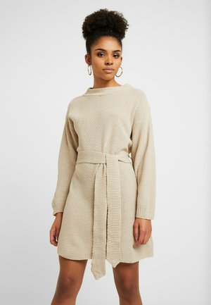 TIE WAIST DRESS - Jumper dress - ecru