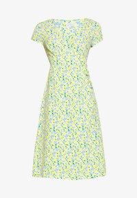 Glamorous Petite - DITSY WRAP DRESS - Korte jurk - yellow - 4
