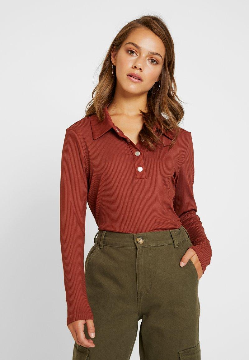 Glamorous Petite - Langarmshirt - dark rust