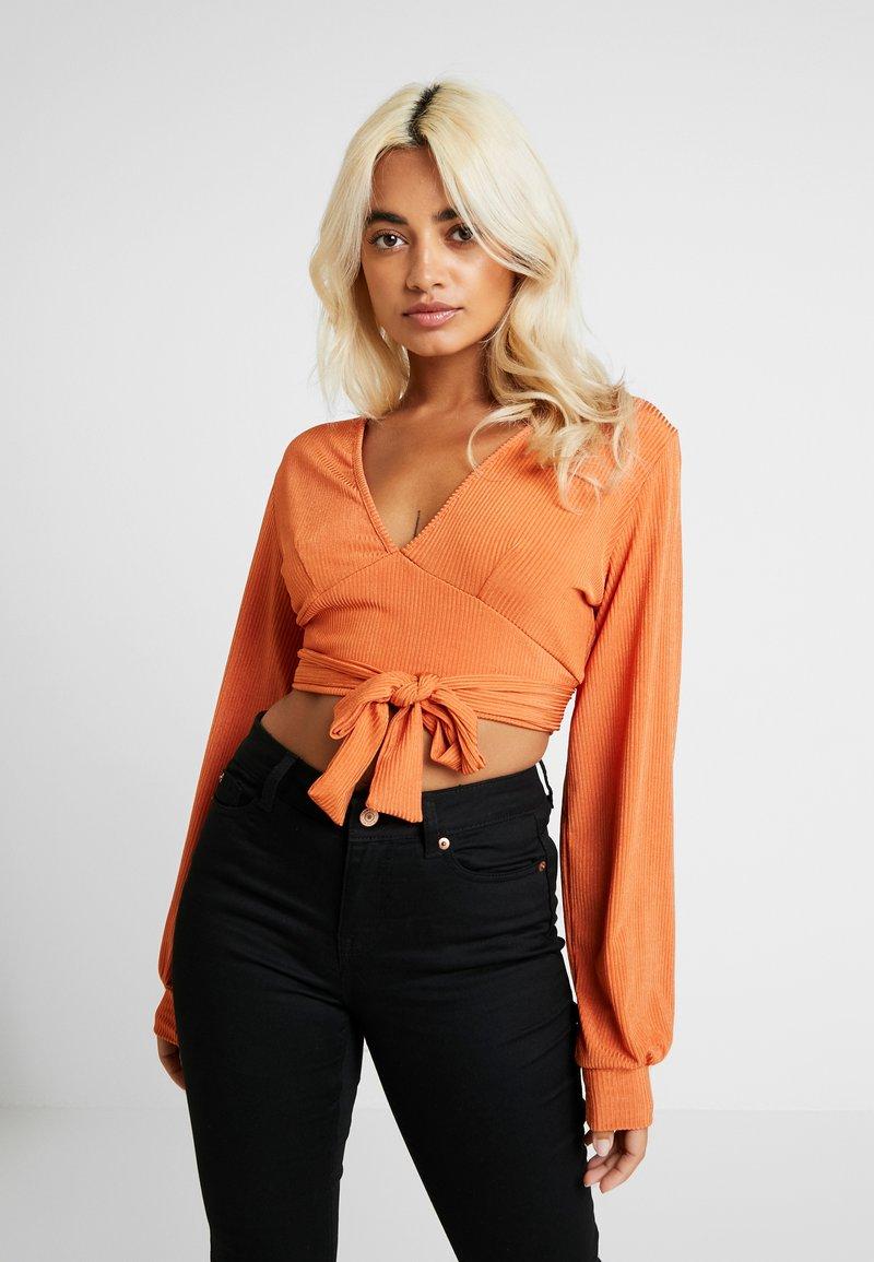 Glamorous Petite - DEEP - Bluzka z długim rękawem - rust