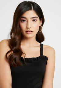 Glamorous Petite - BODYSUIT SCUBA FRILL - Top - black - 4