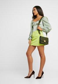 Glamorous Petite - MILKMAID BODYSUIT - Bluser - mint - 1