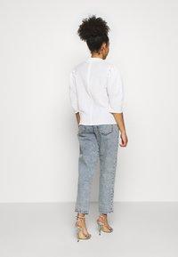 Glamorous Petite - PUFF SLEEVE - T-shirts print - white - 2