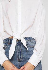 Glamorous Petite - TIE FRONT BLOUSE - Hemdbluse - white - 3
