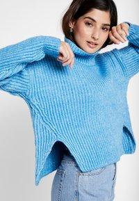 Glamorous Petite - Strickpullover - blue marl - 5