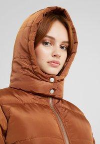 Glamorous Petite - Vinterfrakker - nut brown - 4