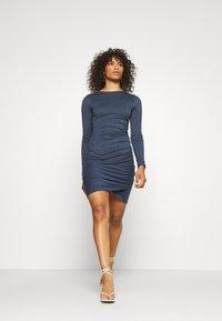Glamorous Tall - WRAPOVER DRESS - Vestido ligero - melange navy - 0