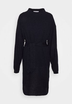TIE WAIST JUMPER DRESS - Strikket kjole - navy