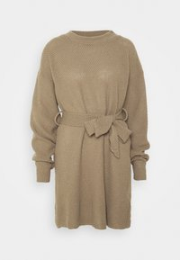 Glamorous Tall - TIE WAIST JUMPER DRESS - Jumper dress - light brown - 4