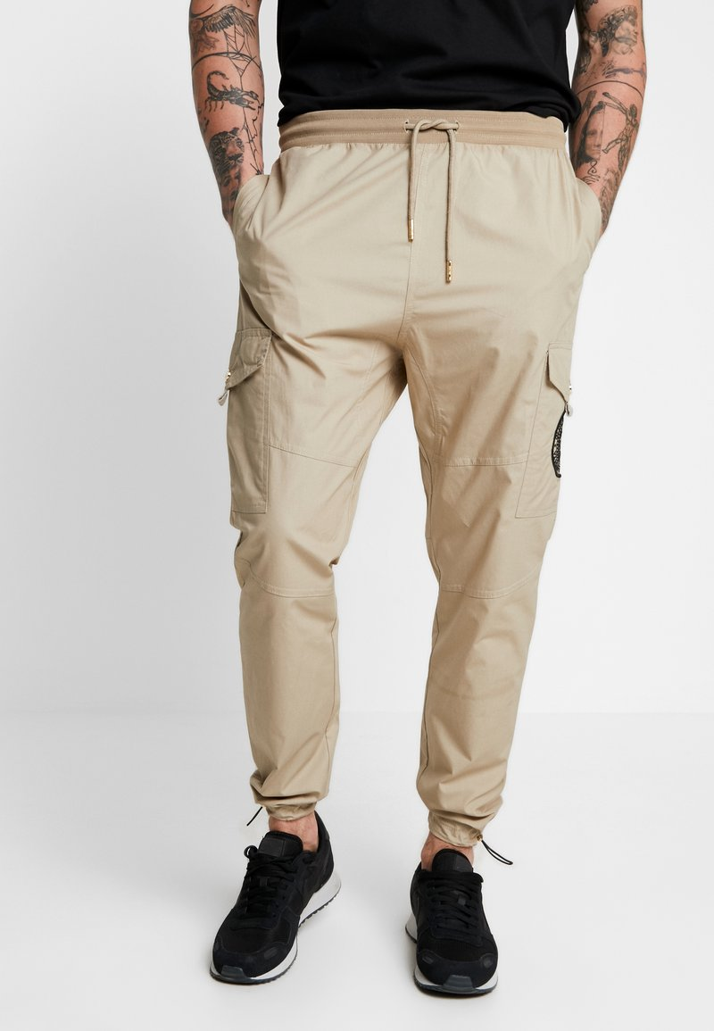 Glorious Gangsta - FRESNO - Pantalones cargo - stone