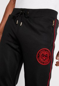 Glorious Gangsta - CORTZEE JOGGERS - Tracksuit bottoms - black - 4