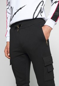 Glorious Gangsta - MORELLO CARGO JOGGERS - Trainingsbroek - black - 3