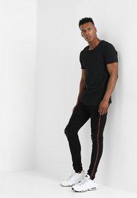 Glorious Gangsta - NOVIA - Jeans Skinny Fit - black - 1
