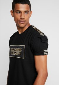 Glorious Gangsta - BAZLEY - T-shirt con stampa - black - 4