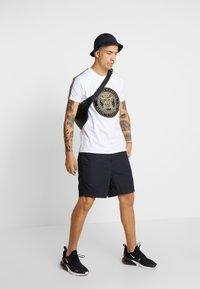 Glorious Gangsta - MERCY - Print T-shirt - white - 1