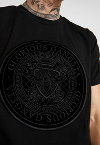 Glorious Gangsta - MERCY LOGO - T-shirt med print - black - 5