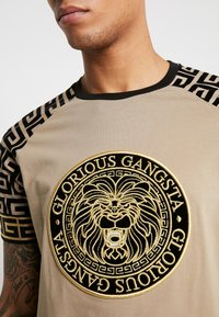 Glorious Gangsta - NAPOLI - T-Shirt print - sand - 3