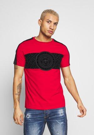 DALIAN - Print T-shirt - red
