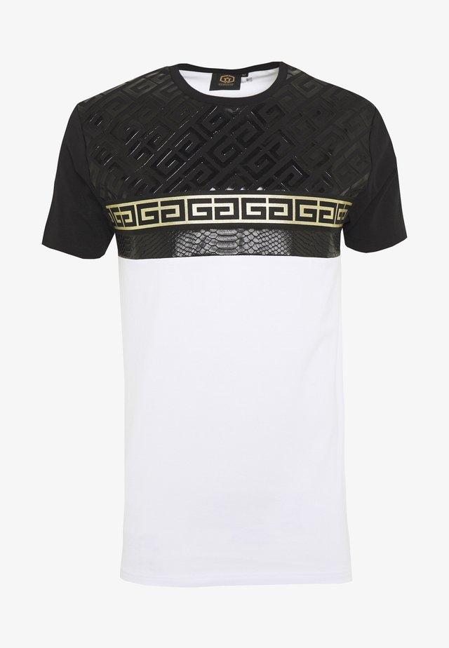 KOSTAS - T-shirt med print - white