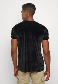 Glorious Gangsta - MARENO - T-shirt imprimé - black - 2