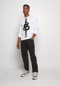 Glorious Gangsta - LUCHESSE - Sweater - white - 1