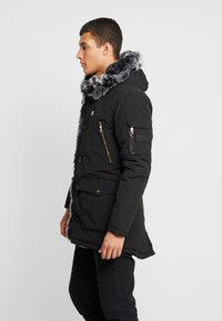 Glorious Gangsta - PARKLEA - Zimní kabát - black - 3