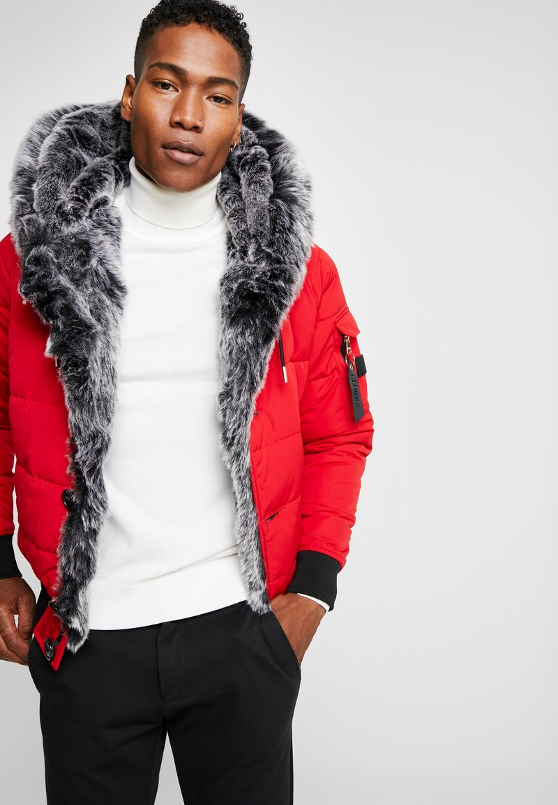 Glorious Gangsta - PARLON PUFFER - Talvitakki - red