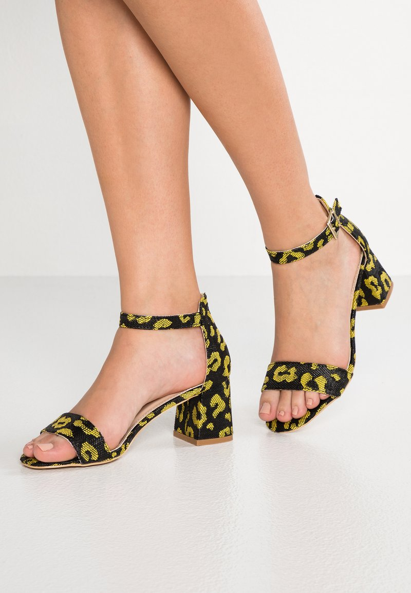 Glamorous Wide Fit - Sandály - yellow