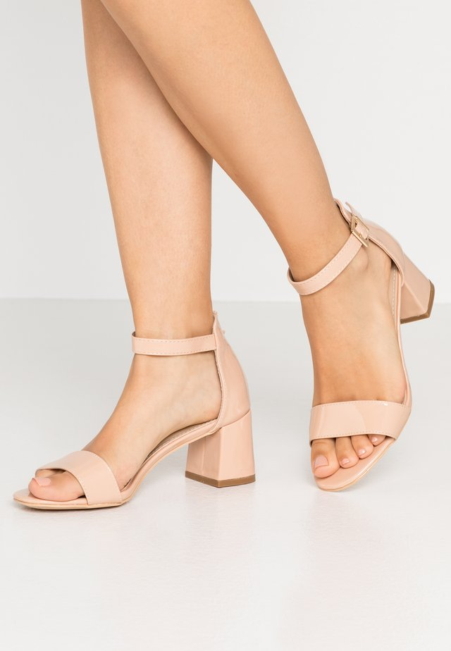 Sandals - nude