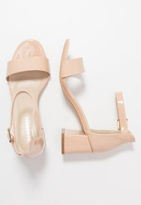 Glamorous Wide Fit - Sandals - nude - 3