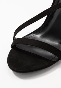 Glamorous Wide Fit - Korolliset sandaalit - black - 2