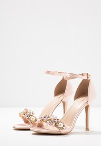 Glamorous Wide Fit - Sandalias de tacón - blush - 4