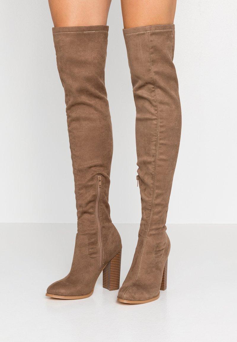 Glamorous Wide Fit - Kozačky na vysokém podpatku - taupe