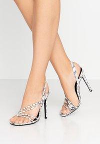 Glamorous Wide Fit - Sandales à talons hauts - grey - 0