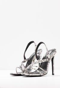 Glamorous Wide Fit - Sandales à talons hauts - grey - 4
