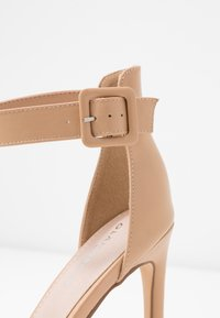 Glamorous Wide Fit - Sandaletter - nude - 2