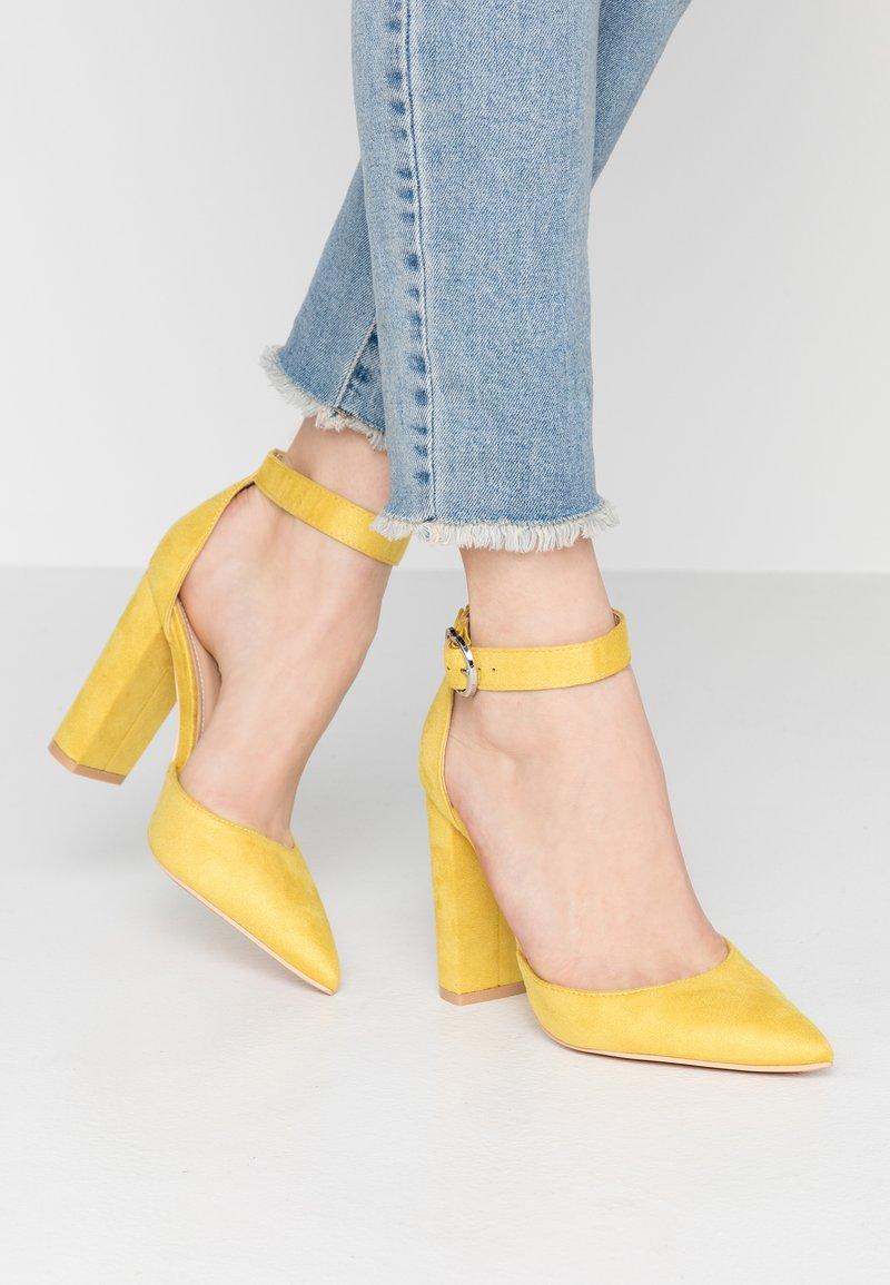 Glamorous Wide Fit - Zapatos altos - yellow
