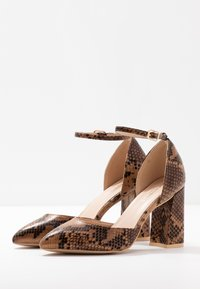 Glamorous Wide Fit - Szpilki - brown - 4