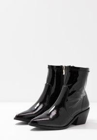 Glamorous Wide Fit - Kotníkové boty - black - 4
