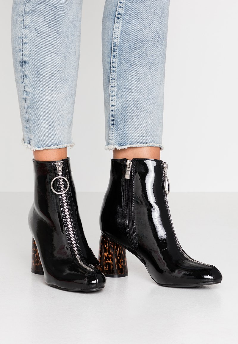 Glamorous Wide Fit - Ankle boots - black