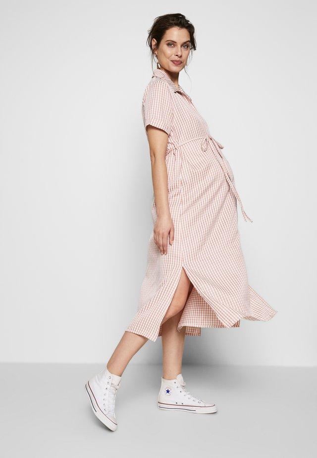 SHORT SLEEVE MIDI DRESS WITH BELT - Robe chemise - dusty pink