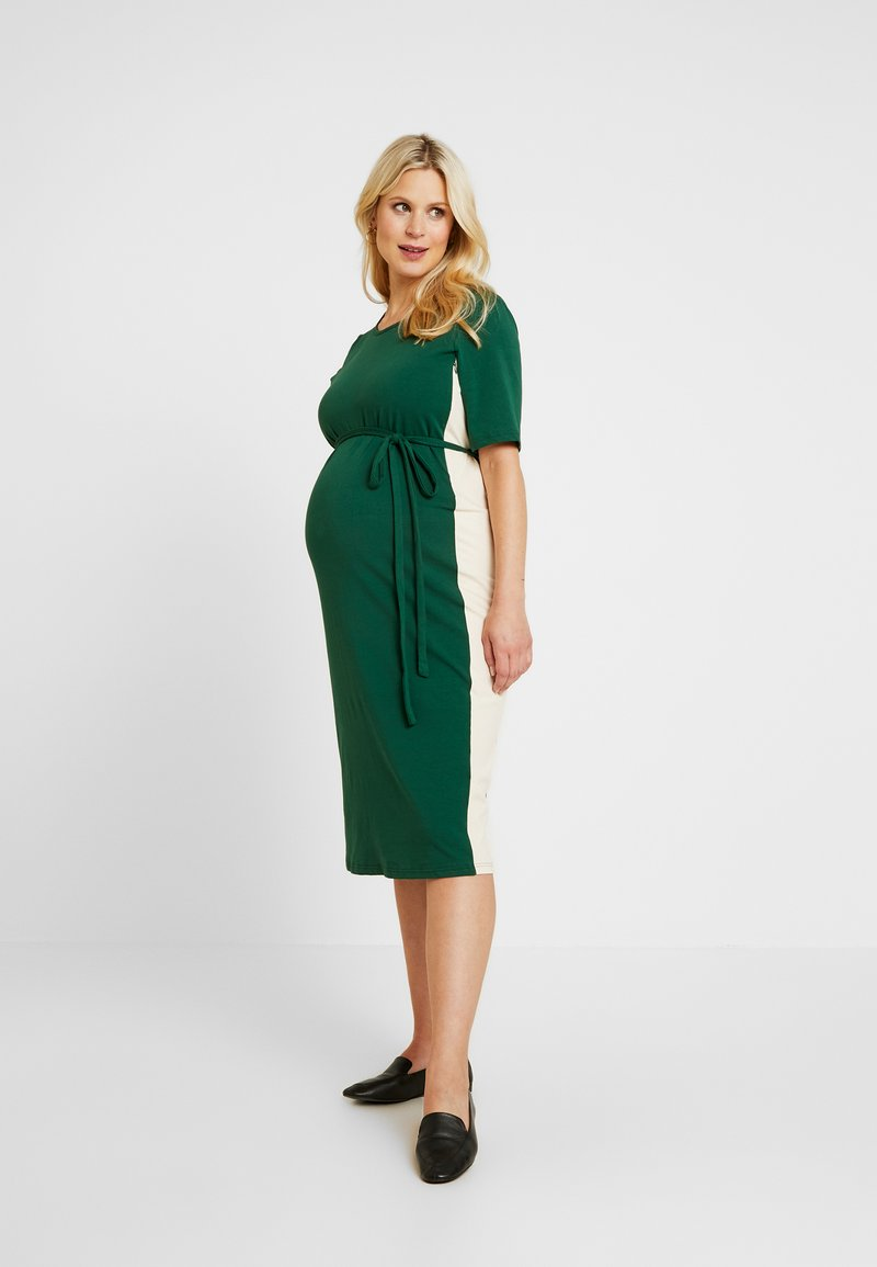 Glamorous Bloom - MIDI STRIPE DRESS WITH KNOT BELT - Žerzejové šaty - dark green/contrast