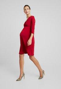 Glamorous Bloom - PERFECT DRESS - Žerzejové šaty - red/bordeaux - 1