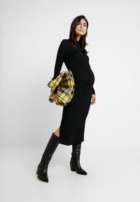 Glamorous Bloom - SPARKLE MAXI DRESS - Pletené šaty - black - 2